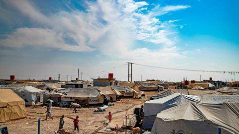 Norske myndigheter besluttet i fjor å hente hjem to barn og en kvinne fra Al-Hol-leiren i Syria.