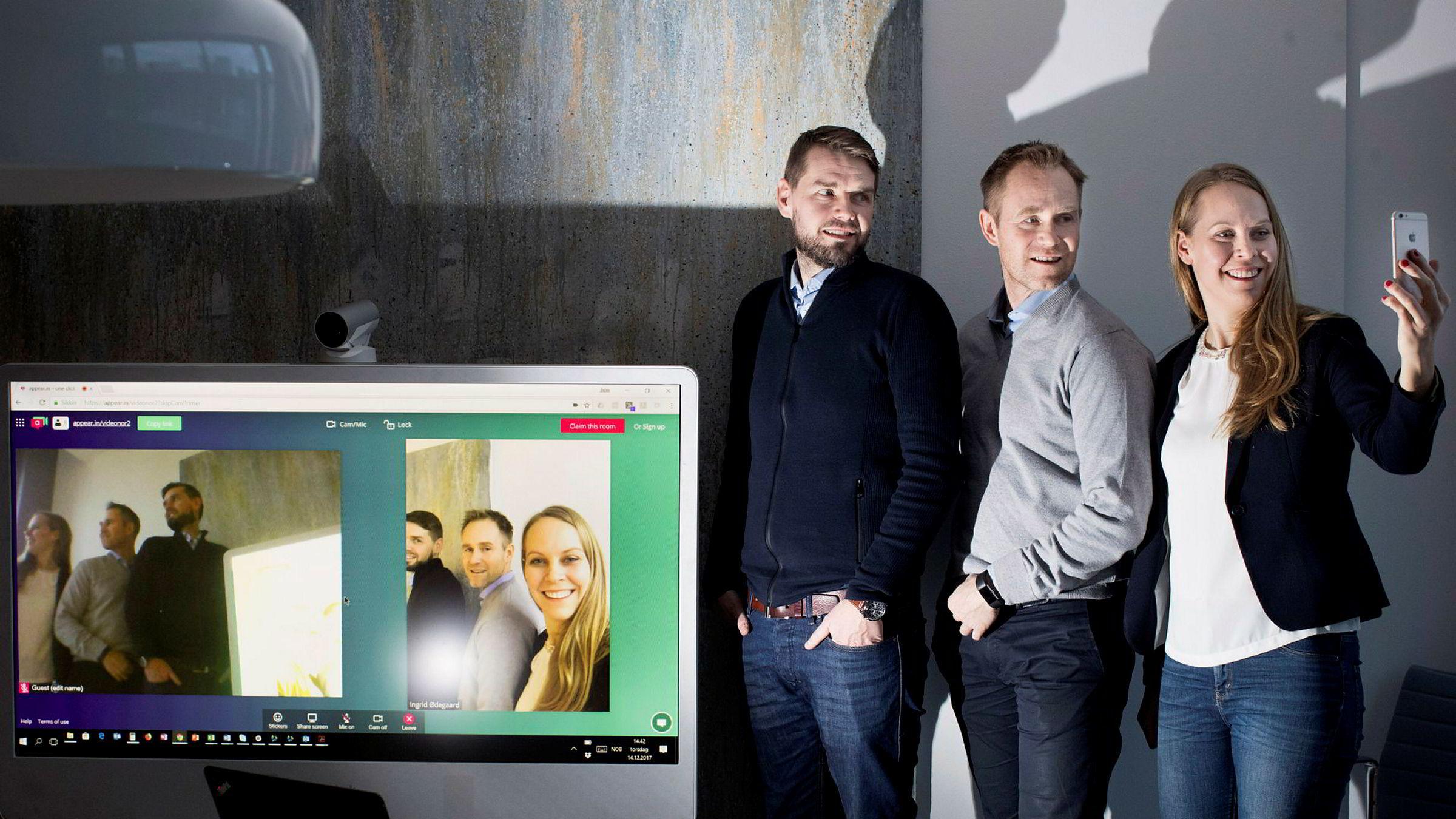 Administrerende direktør Øyvind Reed (til venstre) og gründer Jørn Mikalsen i VideoNor håper de kan bidra til videre global vekst sammen med Ingrid Ødegaard, som er gründer og leder for Appear.in, når de fusjonerer med Telenor-selskapet.