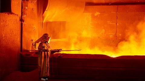 Norsk industri venter lavere vekst fremover, ifølge fersk temperaturmåler fra SSB. Dette bildet er fra Eramet i Sauda.