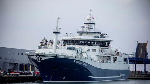 Hav Line kjemper mot norske myndigheter for å få lov til å frakte norsk laks til Danmark for foredling.
