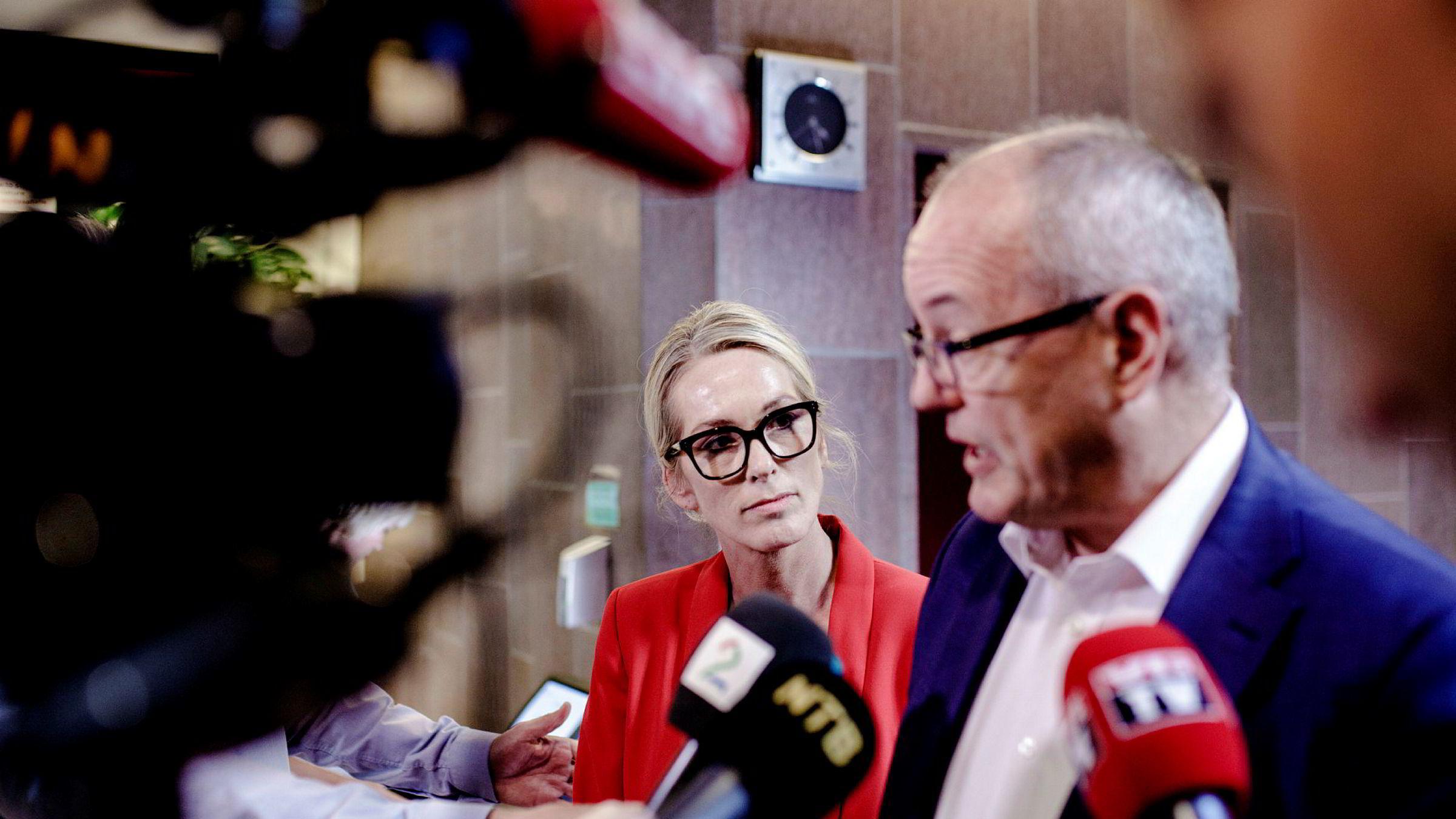 Innovasjon Norge-styreleder Gunnar Bovim ble fredag orientert om ansettelsessaken i selskapet. Her med administrerende direktør Anita Krohn Traaseth.