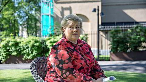 Statsminister Erna Solberg holdt fredag sin halvårlige pressekonferanse i regjeringens representasjonsanlegg i Parkveien 45. Overfor DN tar hun et lite oppgjør med det hun mener er Aps venstredreining.