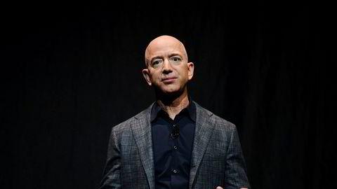 – Klimaendringene er den største trusselen mot planeten vår, skriver Jeff Bezos.