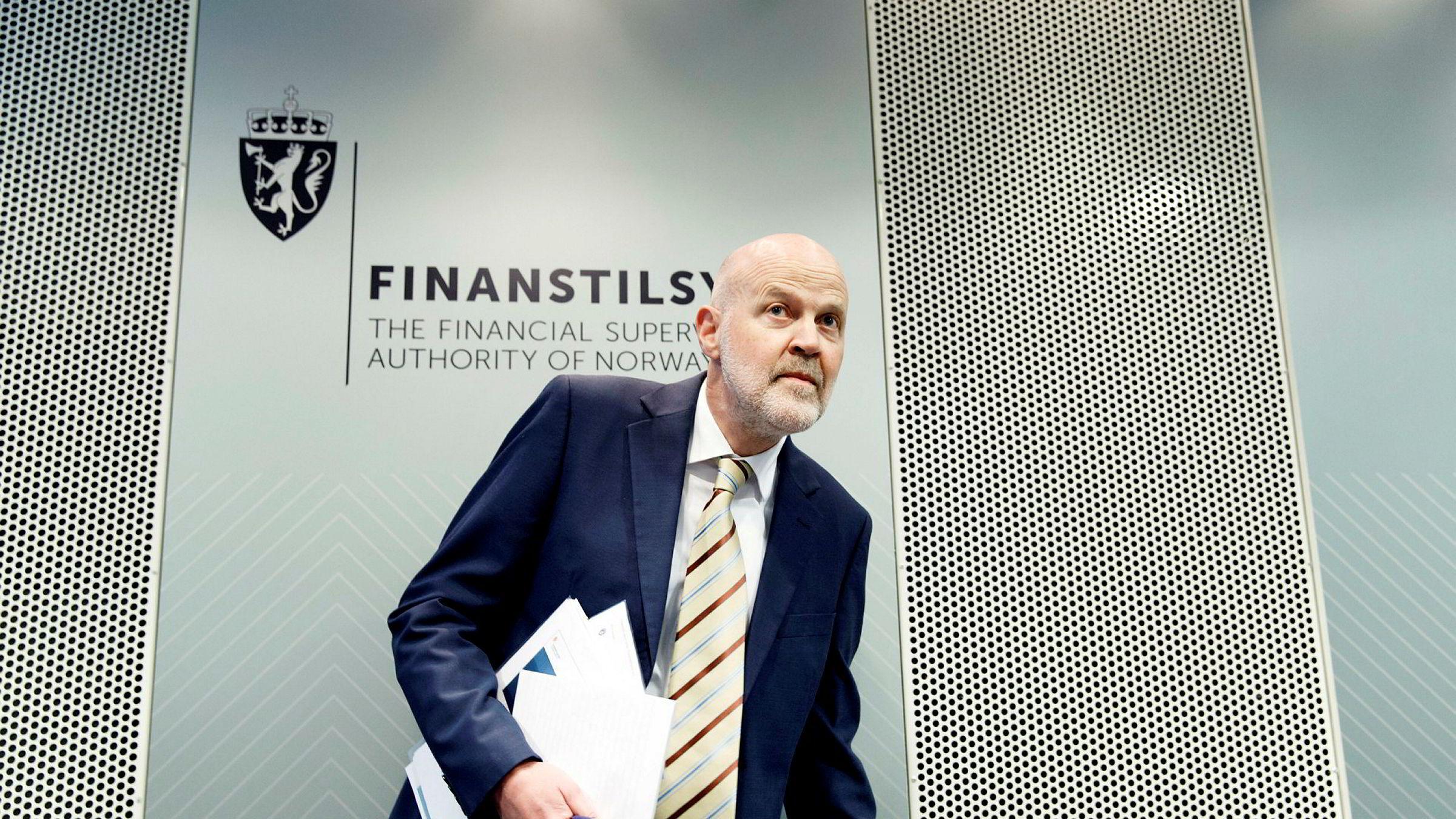 Direktør i Finanstilsynet Morten Baltzersen, vil forby DNB og andre banker å betale utbytte til sine eiere i år.