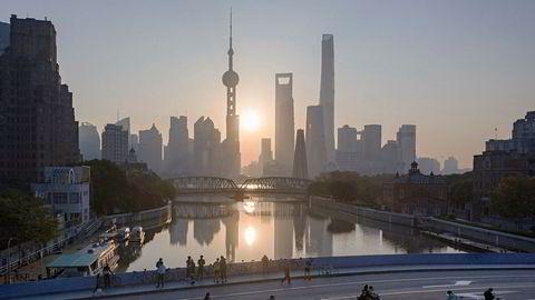Kina vil senke tollsatsene på over 850 ulike varer.