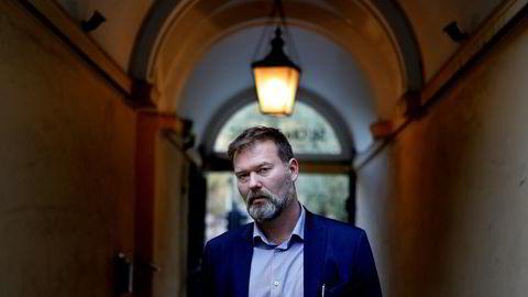 Forlagssjef Richard Aarø i Tiden Norsk Forlag planlegger å gi ut Henrik Langelands bok om Aker.