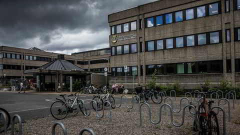 Bildet viser gamle Forsvarets overkommando som i dag er i bruk til blant annet kontor for bydel Vestre Aker, skole og barnehage.