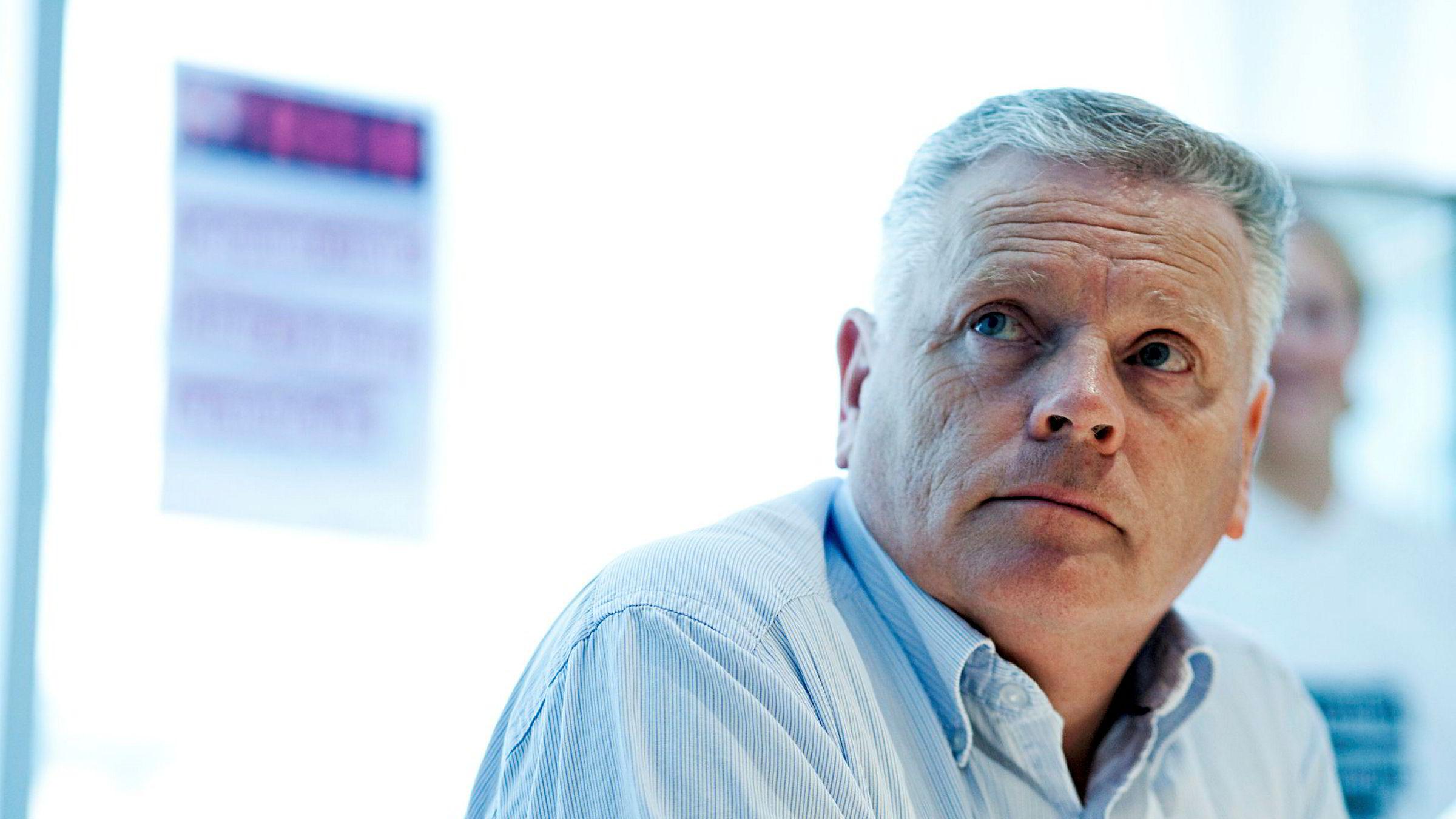 Pensjonistforbundets leder Jan Davidsen viser at fripolisekundene taper kjøpekraft år etter år i ny rapport.