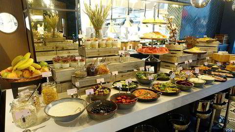 Slik så frokostbuffeten på Hotel Amerikalinjen ut før koronakrisen.