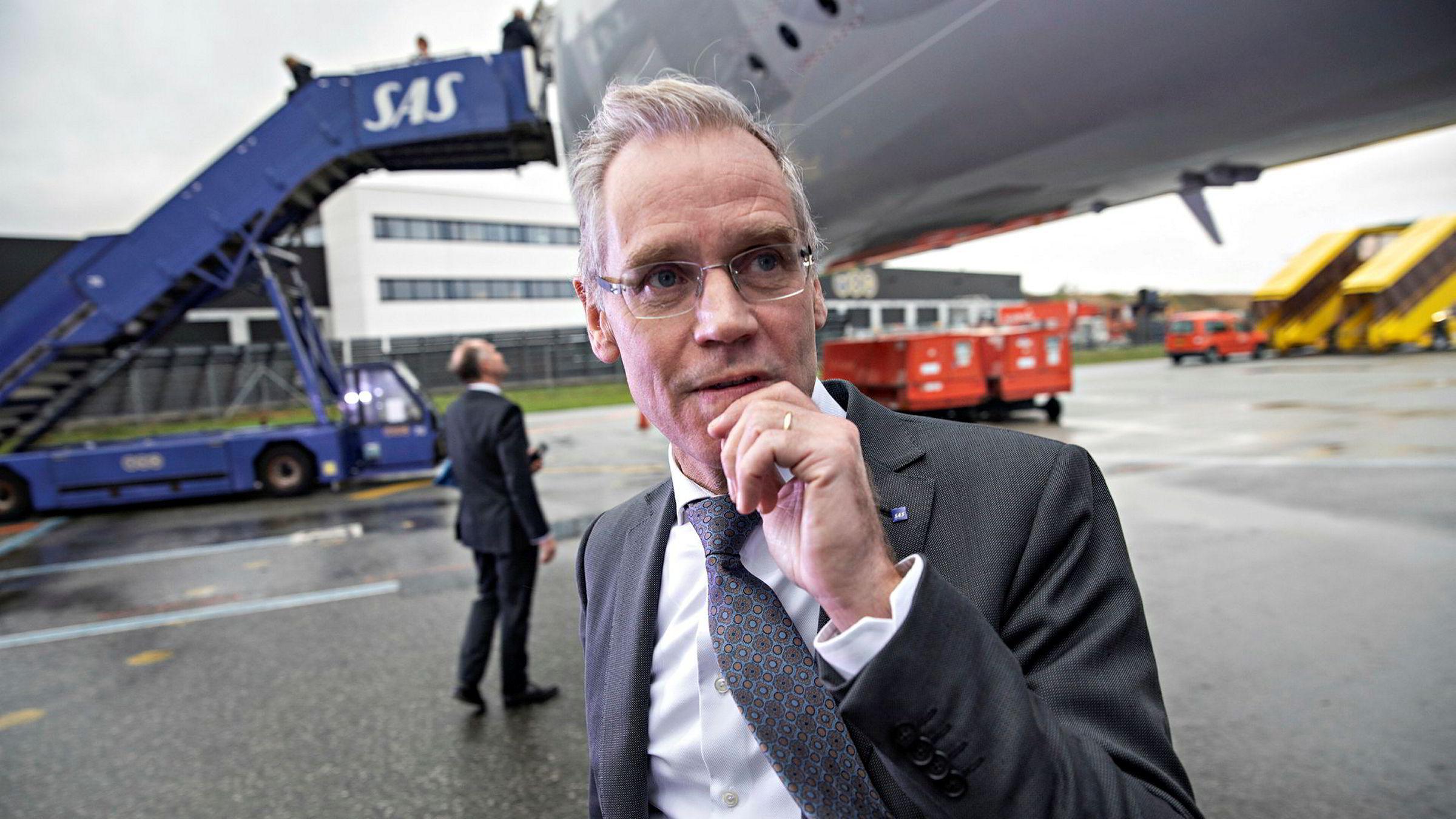 SAS-sjef Rickard Gustafson trenger et stort milliardbeløp fra eierne for å ta selskapet gjennom koronakrisen, og åpner for å få Norge med. Her fra mottagelsen av langdistanseflyet Airbus A350 i København på tampen av fjoråret.