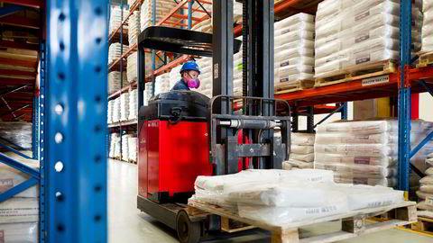 Jotun har måttet stenge fabrikker i Kina en periode på grunn av koronaviruset.