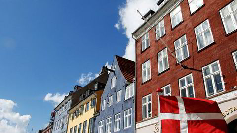 Danmark er det dyreste landet i EU. Men utenforlandene Norge, Sveits og Island er enda dyrere, ifølge Eurostat. Bildet er fra Nyhavn i København.