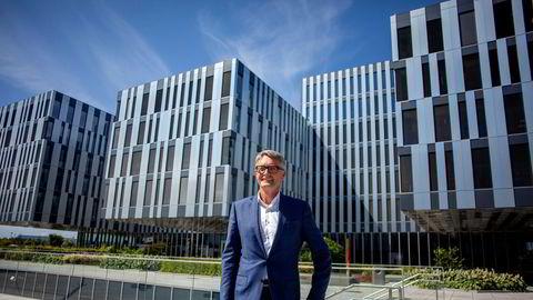 Akers konsernsjef Øyvind Eriksen har gjennom sitt private selskap Erøy as rekordmye penger i banken.