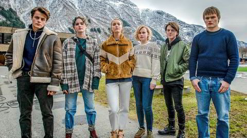 «Ragnarok» kommer som en grell illustrasjon til de siste ukenes debatt om norske tv-serieskaperes vilje til å bruke den tiden det tar å lage god tv. David Stakston (t.h.) spiller hovedrollen som Magne.