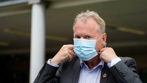 Raymond Johansen har bedt hovedstadens arbeidsgivere om å droppe julebordet på grunn av smittesituasjonen.