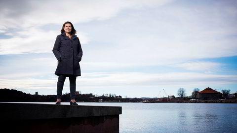 Den kinesiske anleggsgiganten China Communications Construction Company Limited har vist stor interesse for å få norske oppdrag. Administrerende direktør Ingrid Dahl Hovland i Nye Veier vil foreløpig ikke godkjenne selskapet for konkurranse om norske milliardkontrakter.