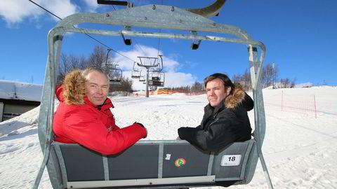 Brødrene Atle (til venstre) og Bjørnar Hovi eier Beitostølen Resort der 118 av 120 ansatte nå er permittert.