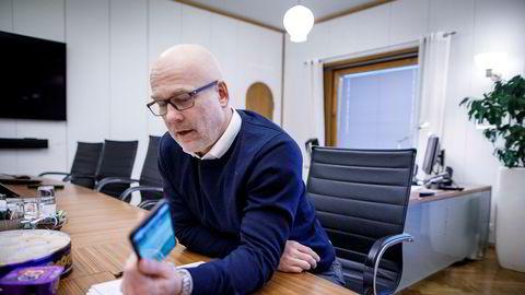 NRK-sjef Thor Gjermund Eriksen er uenig i kritikken som er rettet mot NRK, etter at kringkasteren hadde et underskudd på over 200 millioner i 2019.