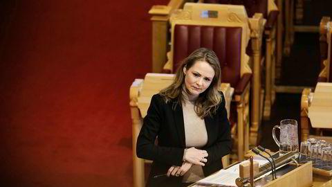 Distrikts- og digitaliseringsminister Linda Hofstad Helleland (H) har redusert straffegebyret i den såkalte nødnettsaken til 5 millioner kroner.