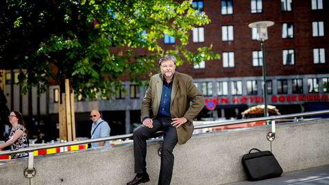 – Selskapene vil ha hurtig omsetning og produserer på bestilling for å stramme inn eller redusere kostnadene, sier medisinsk fagdirektør Steinar Madsen i Legemiddelverket.