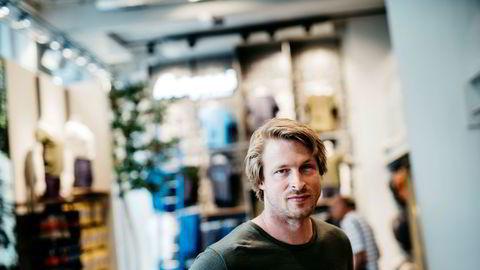 Direktør Jan Tore Jensen i Bergans skriver i en pressemelding at selskapet vil trekke sine annonser fra Facebook og Instagram.