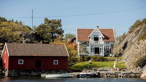 Familien Platou solgte sitt landsted på Steinsøya i Gamle Hellesund på Sørlandet i juli.