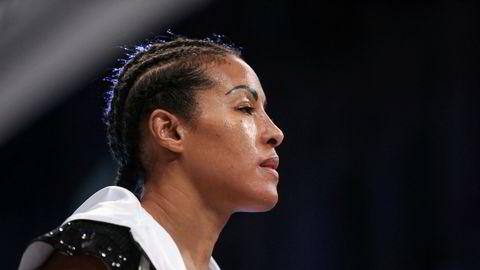 Cecilia Brækhus rekke på 36 seiere tok slutt mot Jessica «Caskilla» McCaskill under kampen i Tulsa i Oklahoma i august.