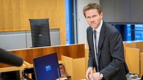 Fredrik Sejersted representerer staten i søksmålet fra Ølen Betong. Han kaller saken et angrep på vitale tjenester.