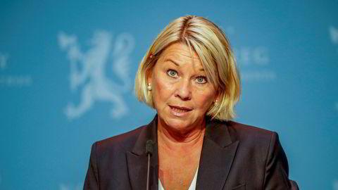 Justisminister Monica Mæland har et forslag fra UDI-direktør Frode Forfang til vurdering.