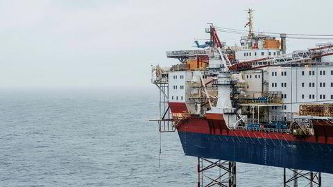 Tjenester knyttet til oljenæringen bidro til bnp-veksten i november 2019. Bilde fra Johan Sverdrup-feltet i Nordsjøen, som ble åpnet tidligere denne uken.