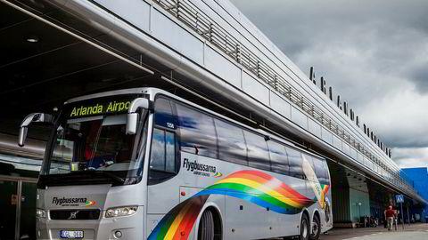 Vy overtok Flygbussarna den 1. mars. Selskapet hadde da over 85 heleide busser og nesten 450 medarbeidere.