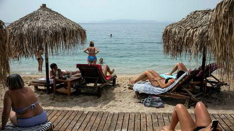 Mange norske turister har Hellas som en feriefavoritt. Her fra en strand i Aten.