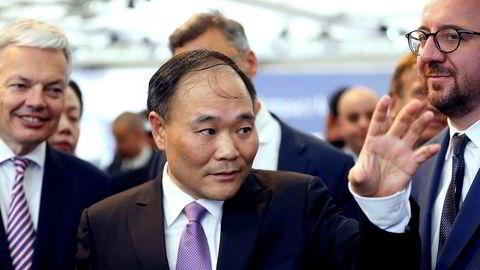 Den kinesiske milliardæren Li Shufu har kjøpt seg opp i Daimler gjennom sitt selskap Geely.