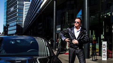 Europris-arving Dag Høili mener han har krav på ti millioner etter salget av hytta.
