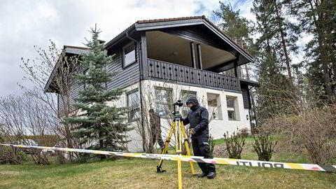 Anne-Elisabeth Hagens ektemann Tom Hagen ble pågrepet på vei til jobb 28. april. Siktet for drap eller medvirkning til drap.