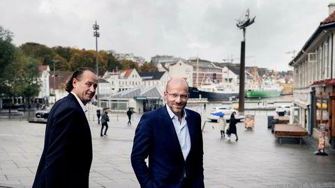 Storebrand kjøpte i forrige måned Skagen. Fra venstre: Jan Erik Saugestad, administrerende direktør i Storebrand Asset Management og administrerende direktør i Skagen, Øyvind Schanke.