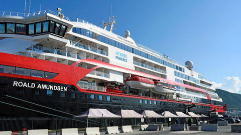 Her ligger skipet til kai i Tromsø.