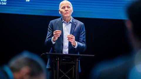 Konsernsjef Sigve Brekke i Telenor må innse at selskapet mister kunder i flere land i Asia. Bildet er tatt på Telenors kapital markedsdag i begynnelsen av mars.