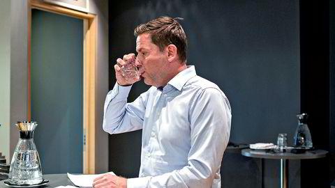 Hurtigruten-sjef Daniel Skjeldam teller på knappene om selskapet skal gjennomføre ekspedisjonscruise til Antarktis i 2020 og begynnelsen av 2021.