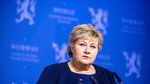 Statsminister Erna Solberg holdt tirsdag pressekonferanse om situasjonen.