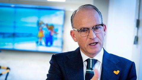 Torgeir Silseth, administrerende direktør i hotellkjeden Nordic Choice, sier nedstengning av hoteller vil bli vurdert uke for uke fremover.