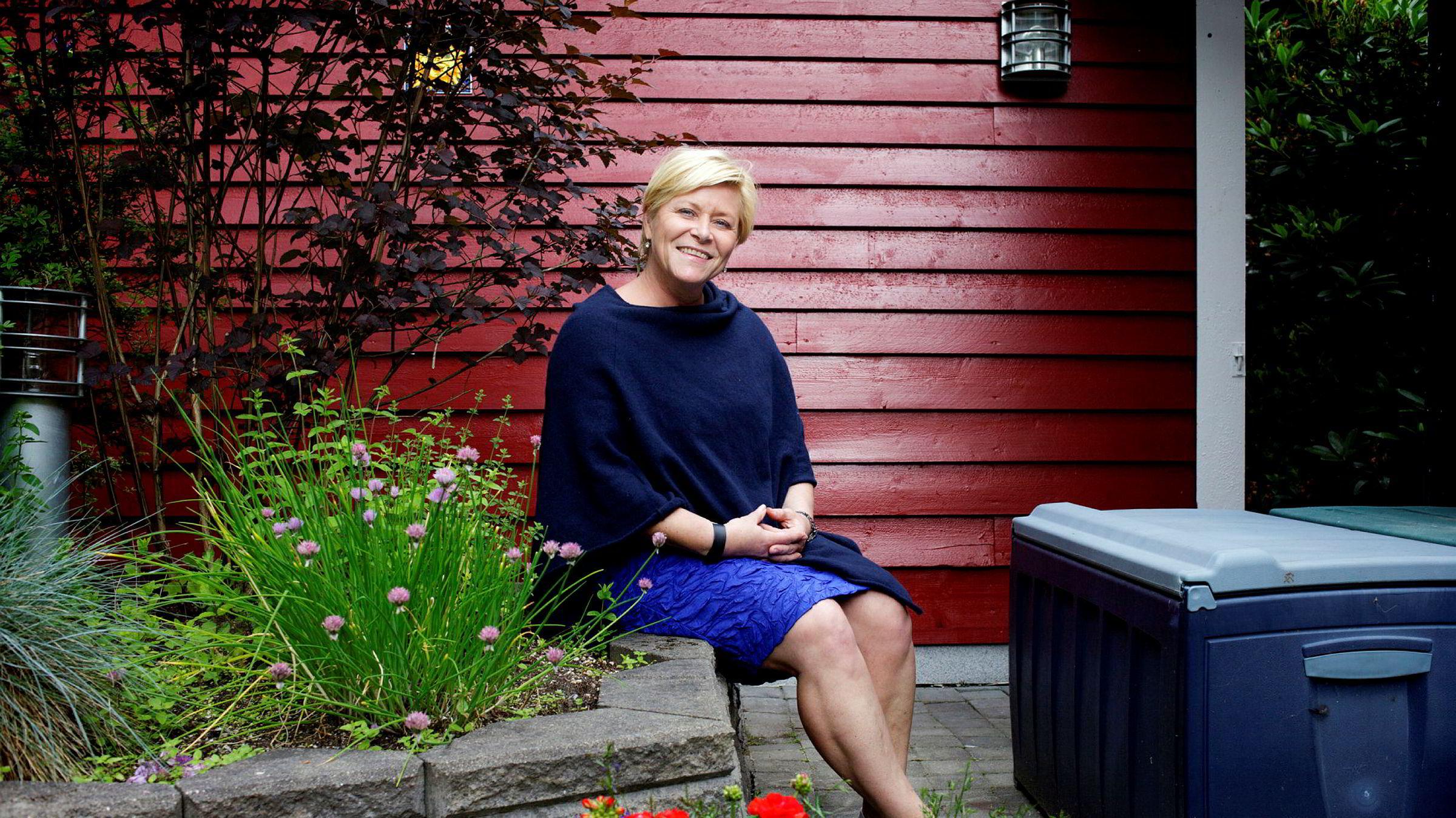Selv i dag husker Siv Jensen da hun solgte sin første sko.
