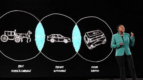 Zoox-sjef Aicha Evans forklarer hvordan selvkjørende biler fungerer.