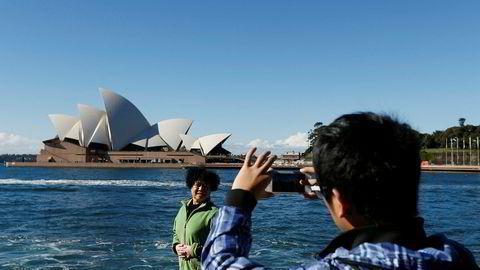 Kina advarer om å planlegge feriereiser til Australia og ber studenter om revurdere planer om å studere ved australske universiteter på grunn av «rasisme». Forholdet mellom de to landene er på frysepunktet etter Australia støttet en internasjonal granskning av koronapandemien.