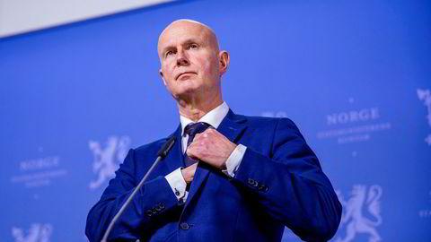 Helsedirektør Bjørn Guldvog er sentral i håndteringen av koronaviruset som leder av Helsedirektoratet.