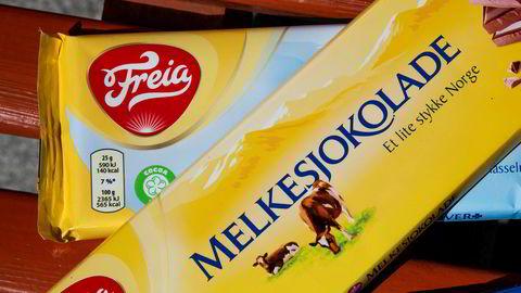 Mondelez Norge, som eier sjokoladeprodusent Freia, vil ha tilbake beslaglagt materiale etter Konkurransetilsynets razzia.