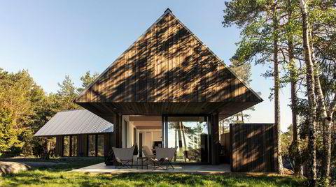 Utstrakt bruk. Utvendige levegger gir hytta flere oppholdssteder, for eksempel et utekjøkken og en vindskjermet uteplass.