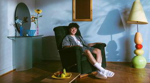 Bergenseren Nicolas Muñoz er Boy Pablo, som lager superfengende og behagelig indiepop full av gitarer og svimle synther. Resten av verden har hørt etter en stund allerede, han har flest lyttere i USA og Indonesia.