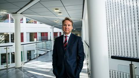 John Sætre ledet inntil nylig Nordeas bankvirksomhet i Norge. Før han fikk på plass en avtale med arbeidsgiver, mente han seg utsatt for kjønns- og aldersdiskriminering.