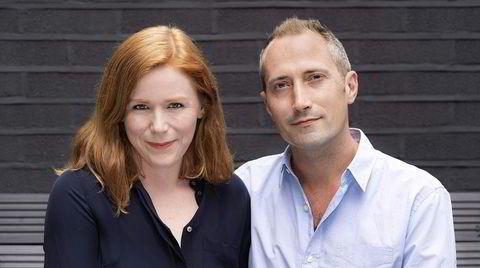Forfatterekteparet Collette Lyons og Paul Vlitos, alias Ellery Lloyd, debuterer med «People Like Her», en smart og bekmørk utforskning av skyggesidene på internett – uten forstyrrende sidespor.